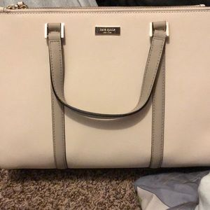 Kate spade gray and cream purse new